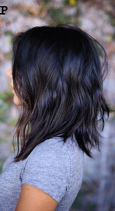 I love the hair style and lenght bit no on the color!