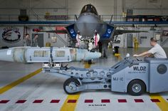 JSF Weapons Load Crew