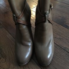 Tory Burch Dorese booties Good condition, scuffing on toes and wear in heels (still stable), plenty of life left Tory Burch Shoes Ankle Boots & Booties
