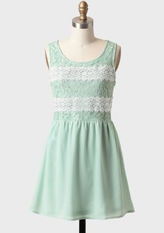 Dream Of Me Lace Detail Dress at #Ruche @Mimi B. ヾ(^∇^) te gusta @BethJohntson? The other mint one is sold out :(