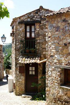 Casal de Sao Simao - no concelho de Figueiro dos Vinhos