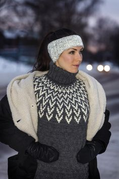 91752-5871 - Reflekspannebånd Winter Hats, Beautiful Women, Turtle Neck, Knitting, Crochet, Sweaters, How To Wear, Inspiration, Fashion