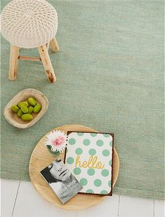 Handgeknüpfter Teppich aus Chenille, Jute, und Baumwollmix.. Wählen Sie zwischen mint oder pink bei car-moebel.de!