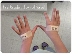 "Use bandaids for students to remember the ""injured letters"" /ou/ and /ow/!"