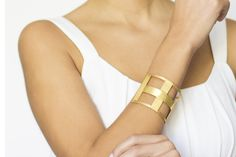 Gold collection. #bracelet #goldplated #linealcollection #jewellery #clossmadrid