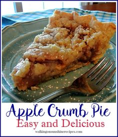 Apple Crumb Pie - the perfect taste of apple crisp and apple pie combined into a delicious dessert from Walking on Sunshine Recipes Delicious Desserts, Dessert Recipes, Yummy Food, Drink Recipes, Apple Pie Recipes, Fall Recipes, Apple Crumb Pie, Apple Tarts, Apple Crisp