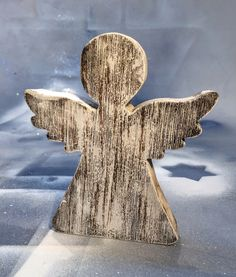 Anděl lipové dřevo 13cm/90kč