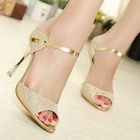 Cheap ladies shoes, Buy Quality silver summer sandals directly from China summer sandals Suppliers: Women Sandals Sexy High Heels Women Pumps 2017 Women Shoes Gold Silver Summer Sandals Heels Ladies Shoes Beautiful High Heels, Sexy High Heels, High Heels Stilettos, Womens High Heels, Women's Pumps, Beautiful Ladies, Gold Pumps, Platform Pumps, Small Heel Wedding Shoes