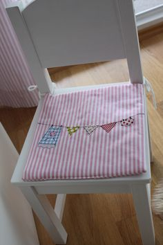 party pennant easy trick easy tricks easy and craft. Black Bedroom Furniture Sets. Home Design Ideas