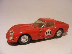 Ferrari 250 GTO 1965 1:43 Corgi Red - Speelgoedenverzamelshop.nl