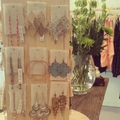 #DIY #rotating #display #earrings #jewelry #accessories #vintage #lovely #pretty #indie #Tampa #Florida # boutiques #shoplocal