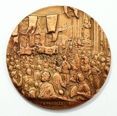 Medalha da Igreja da Candelária - comemorativa da Procissão de 1811. Peça numerada, cunhada na Casa da Moeda do Brasil, em 1978, em bronze. Mede 5 cm de diâmetro.