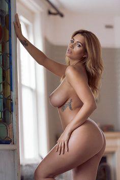 nude Native swoman
