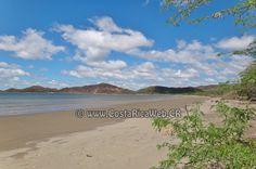 Playa Cuajiniquil, Costa Rica en Santa Elena, La Cruz, Guanacaste: informacion, ubicacion, mapa con direccion, coordenadas para GPS, como llegar en autobus o avion, fotos y video.
