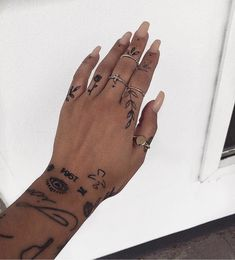 Do you prefer finger tattoos with rings or alone?, Do you prefer finger tattoos with rings or alone? Do you prefer finger tattoos with rings or alone?⠀⠀⠀⠀⠀⠀⠀⠀⠀ Want to see more. Finger Tattoo For Women, Small Finger Tattoos, Hand Tattoos For Women, Finger Tats, Small Girl Tattoos, Little Tattoos, Mini Tattoos, Cute Hand Tattoos, Cool Finger Tattoos