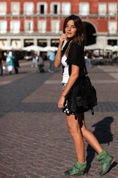 A Aida. © O Alfaiate Lisboeta. http://www.vogue.xl.pt/estilo/o-alfaiate-lisboeta/632-summer-cool.html#