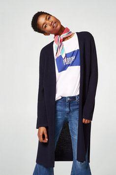 ESPRIT Langer Cardigan mit Rippen-Struktur für 39,99€. Langer Cardigan mit Rippen-Struktur, Ein modernes Basic ist dieser lange, bei OTTO