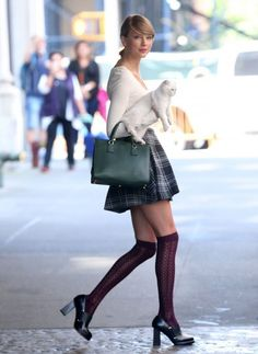 Taylor Swift Mini Skirt - Taylor Swift Looks - StyleBistro