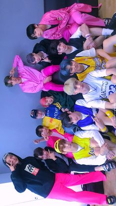 bts and txt 🤝🤝 clowning jimin