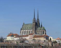 Súbor:Brno, Katedrála sv. petra a Pavla.JPG