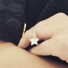 Ring by ilo with engraving charms star. Jedyne takie pierścionki z grawerowanymi zawieszkami by ilo