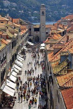 Dubrovnik - Croacia : ciudad costera amurallada