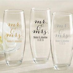 Personalized Stemless Champagne Glass Favors with Mr. Design Find out about wedding favor ideas; Brides about to be married in the strapless gown must not have Wedding Reception Favors, Creative Wedding Favors, Inexpensive Wedding Favors, Elegant Wedding Favors, Edible Wedding Favors, Wedding Favors For Guests, Personalized Wedding Favors, Bridal Shower Favors, Bridal Showers