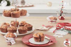 Broskvové zákusky se sušenkami Amaretti a náplní Nutella