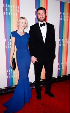 Naomi Watts  WHAT:    Roland Mouret  WHERE:    35th Kennedy Center Honors, Washington D.C.  WHEN:    December 2, 2012