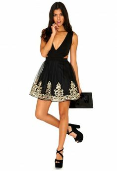 Klementina Cut Out Embroidered Puffball Dress - Dresses - Cut Out Dresses - Missguided