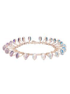 Ce bracelet est constitué de 48 pierres semi précieuses composées en deux  dégradés de couleurs. ef5a358b8e49