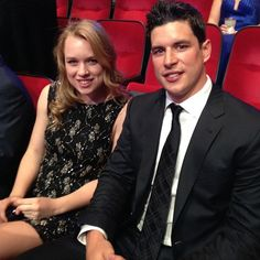 Sidney Crosby at the 2014 NHL Awards with his little sister Taylor [June 24, 2014]