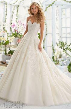 Mori Lee sweetheart ALine Lace Wedding Dress - Deer Pearl Flowers / http://www.deerpearlflowers.com/wedding-dress-inspiration/mori-lee-sweetheart-aline-lace-wedding-dress/