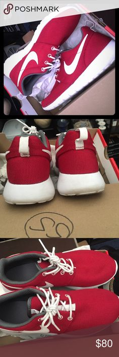 Nike Roshe sneakers These are like new. Only worn a couple times. These are sized 5y. I normally wear a 6 and these fit me. Hard find! Feel free to ask questions! Taking offers! NO TRADES Nike Shoes Sneakers