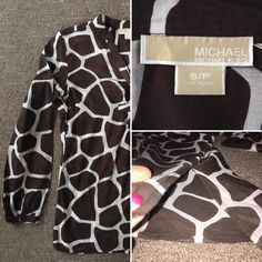 Michael Kors tunic Michael Kors top. Long-sleeved tunic style with slits on the side, as shown on picture. Giraffe print. Brown and cream colors. Made of 70% cotton and 30% silk. Hand wash cold. Size small. Gently used - no rips, tears or stains. Michael Kors Tops Tunics
