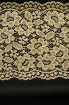 Trio Black, black and Taupe lace