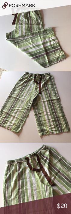 """Alfani Cropped Sleep Pants Excellent condition. Very soft, lightweight material. Striped patten in shades of green and brown. Elastic waist with front drawstring. Wide legs. Size/material tag missing. Think they are a medium and a cotton blend. Waist 29"""". 32.5"""" long. 12"""" rise. Not from a smoke free house. Alfani Intimates & Sleepwear Pajamas"""
