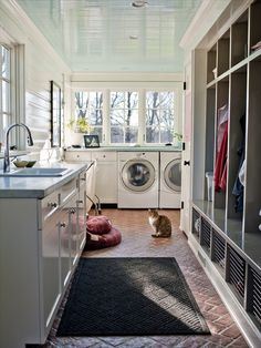 Love this laundry/mud room 20 Laundry room Ideas| Home Decorating Ideas