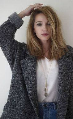 Awesome 57 Stylish Lob Hairstyle For Fall and Winter #Fall #Hairstyle #Lob #Stylish #Winter