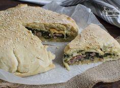 FOCACCIA SALSICCIA E FRIARIELLI con provola Fett, Bagel, Buffet, Sandwiches, Panini, Breads, Pasta, Pies, Bread Rolls