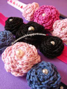 Handmade Cristina: Crochet headbands with little flowers