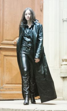 b8e3f758260434 Long Leather Coat, Black Leather, Leather Pants, Leather Dresses, Mantel,  Ann