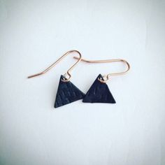 StuffMadeFromThings shared a new photo on Etsy Triangle Earrings, Drop Earrings, Geometric Jewelry, Minimal Chic, Bohemian Gypsy, Back To Black, Design Process, Geometric Shapes, Delicate