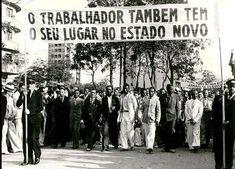 Trabalhadores homenageiam Vargas na Esplanada do Castelo, 1940. Rio de Janeiro (RJ). (CPDOC/ CDA Vargas)