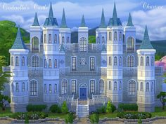 Sims 4 Residential lot on The Sims Resource // Cinderella's Castle // luxury, luxurious home Sims 4 House Building, Sims 4 House Design, Casas The Sims 4, Sims 4 Toddler, Sims 4 Cc Furniture, Sims Games, Sims 4 Build, Fantasy Castle, Sims 4 Houses