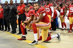 Colin Kaepernick and Eric Reid : Best images from NFL Week 1