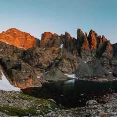 Panorama during first light on Thursdays epic hike. Such a cool place! . . . #skypond #rmnp #rockymountainnationalpark…