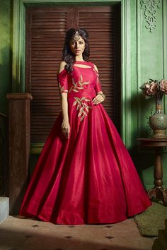 Picture of Catchy deep red designer anarkali dress Designer Anarkali Dresses, Designer Gowns, Indian Designer Wear, Indian Gowns Dresses, Pakistani Dresses, Saree Dress, Lehenga Gown, Saree Blouse, Party Wear Dresses