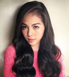 Discover new hair care tips and hints. Filipina Beauty, Hot Hair Styles, Asian Hair, Hair Care Tips, Beautiful Asian Women, About Hair, Hair Designs, Dark Hair, Hair Looks