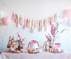 Today's pick upREAL PARTY BLOOMING FLOWERS PlannerTokyo Flamingo (@rohicocco)  ARCH DAYSでもお馴染みTokyo Flamingoスタイリングによるひな祭りパーティーおばあさまのヴィンテージの帯をテーブルランナーにおじいさまのシェリーグラスに雛あられとおいりを入れて受け継がれるものを大切に取り入れながらの和洋折衷スタリング手間をかけずに見栄え良くみせるテクニックやフォトジェニックにみせるためのアイデアはぜひ参考にしたいポイント . この実例の写真をもっと見る  Website: archdays.com  @archdays  TOP>REAL PARTY . #hinamatsuri #dollsfestival #ひなまつりケーキ #ひな祭り #ひな祭り #ひな祭りパーティー #ひな祭りパーティ #ひな祭りごはん #ひな祭りご飯 #ひな祭りアレンジ #ひな祭り製作 #ひな祭りケーキ #雛祭り #雛祭り #雛祭りケーキ #雛祭りごはん #お雛祭り #雛祭りパーティー #お雛様 #お雛様…